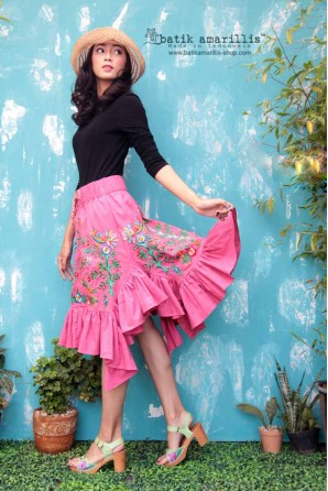 batik amarillis's all you need is love skirt-PO