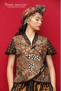 batik amarillis's joyluck jacket-revamped