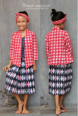 batik amarillis's miss popon kebaya for kid