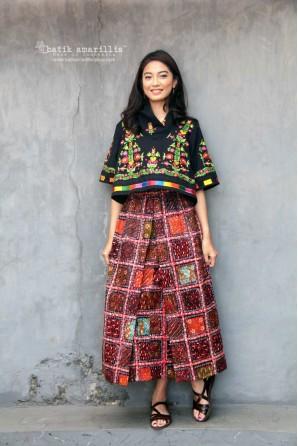 batik amarillis's angin mamiri skirt-PO