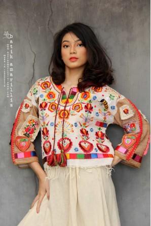 batik amarillis's primitive cool blouse-PO