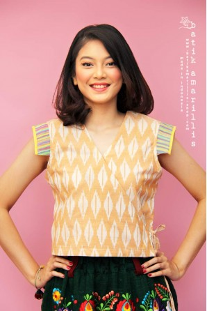 batik amarillis's areum blouse